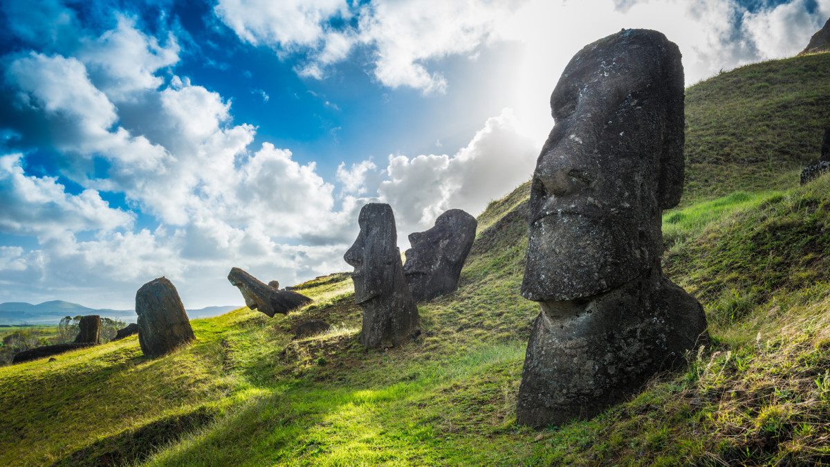 Ancient Civilizations that Mysteriously Collapsed: Easter Island