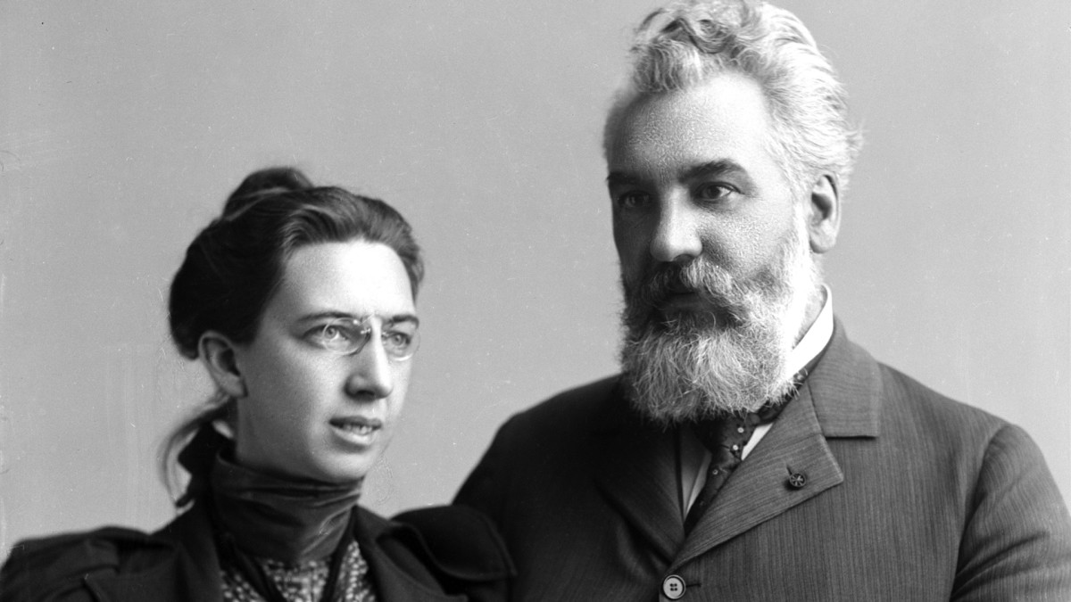Alexander Graham Bell poses for a portrait with his wife Mabel Hubbard Gardiner Bell in 1894.
