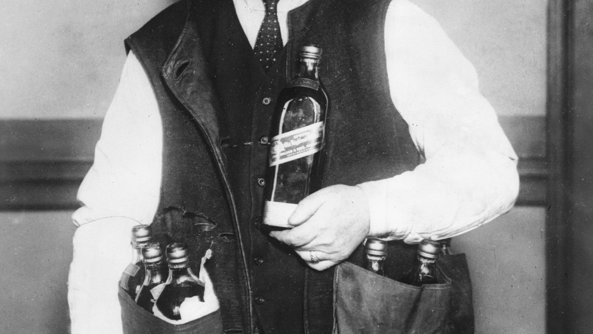 Amid 1918 Pandemic, Bootleg Whiskey Became a Respectable Medicine