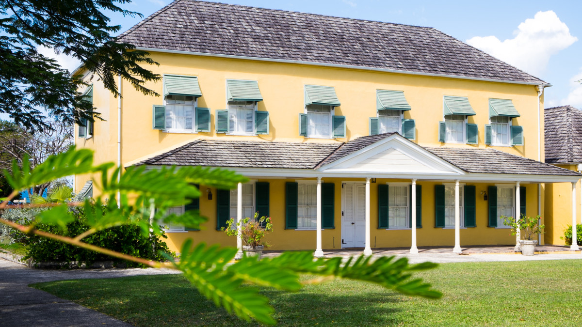 The young George Washington and his ailing brother Lawrence resided in this historic plantation house, also known as Bush Hill House, for two months in 1751.