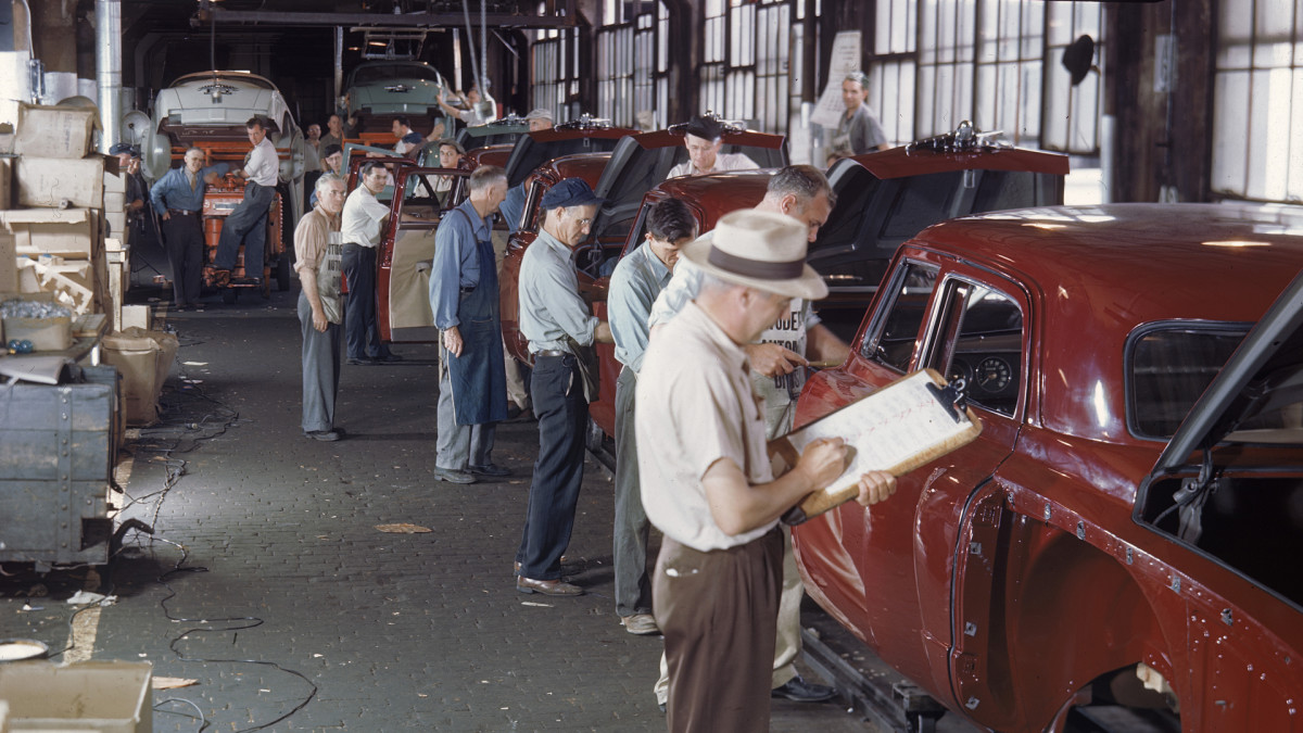 Studebaker automobile manufacturing plant, South Bend, Indiana, 1946