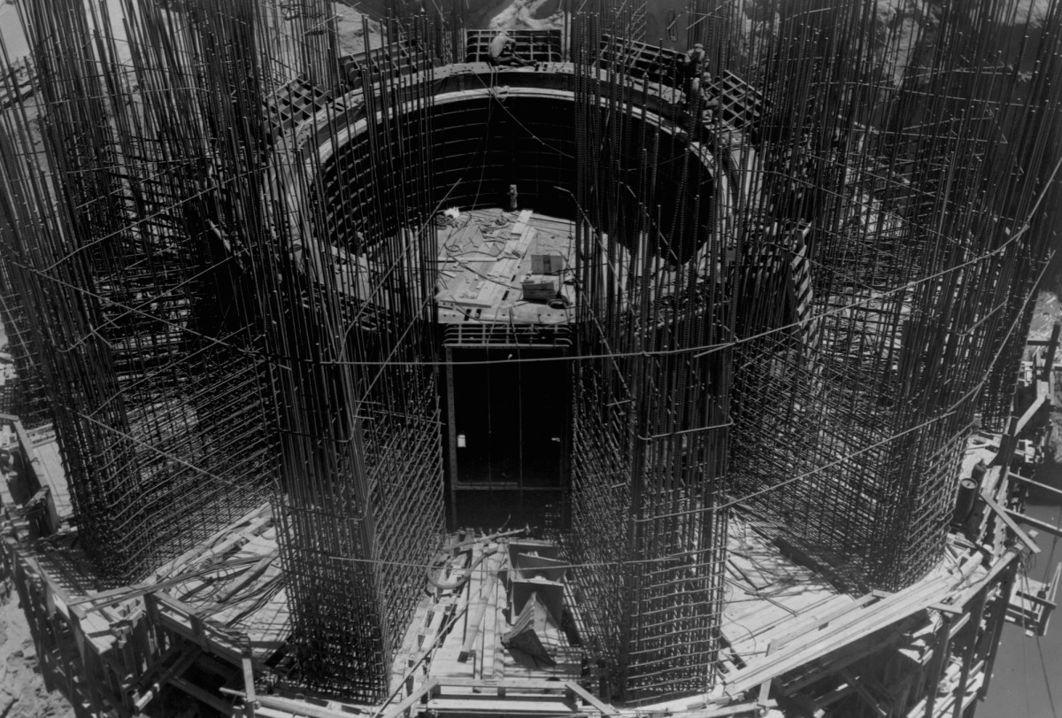 Hoover Dam construction, New Deal infrastructure projects