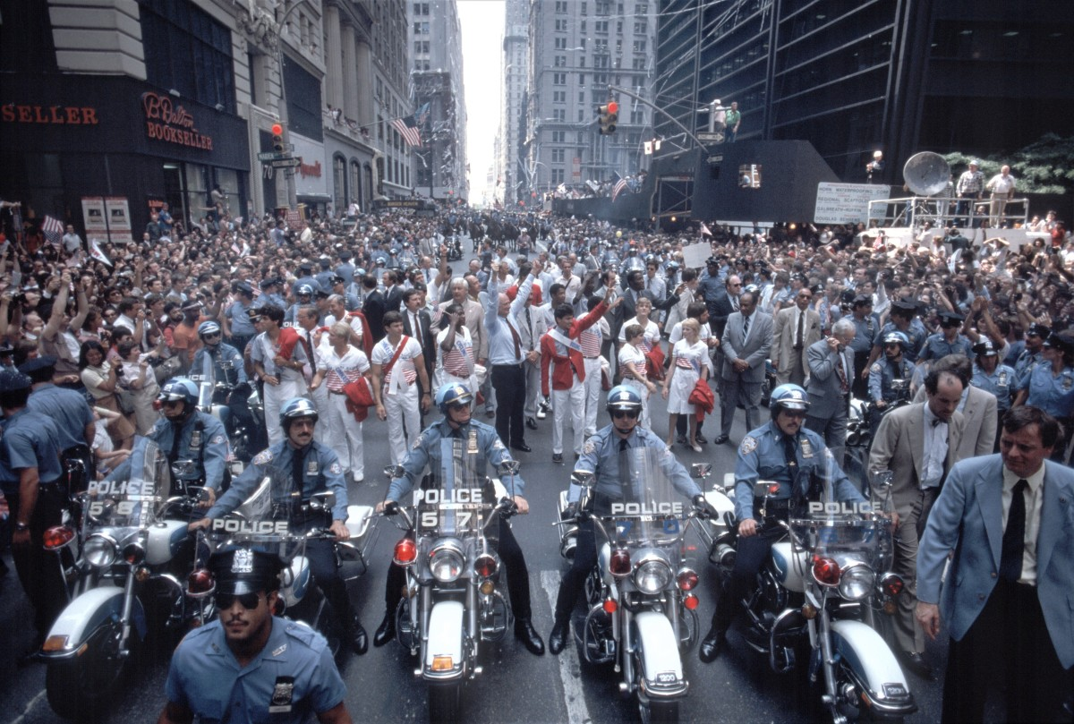 Ticker tape parade for LA Olympic Games on BroadwayMayor Ed Koch and Mary Lou Retton in a ticker tape parade for LA Olympic Games on Broadway, New York, New York, August 15, 1984. (Photo by Allan Tannenbaum/Getty Images)