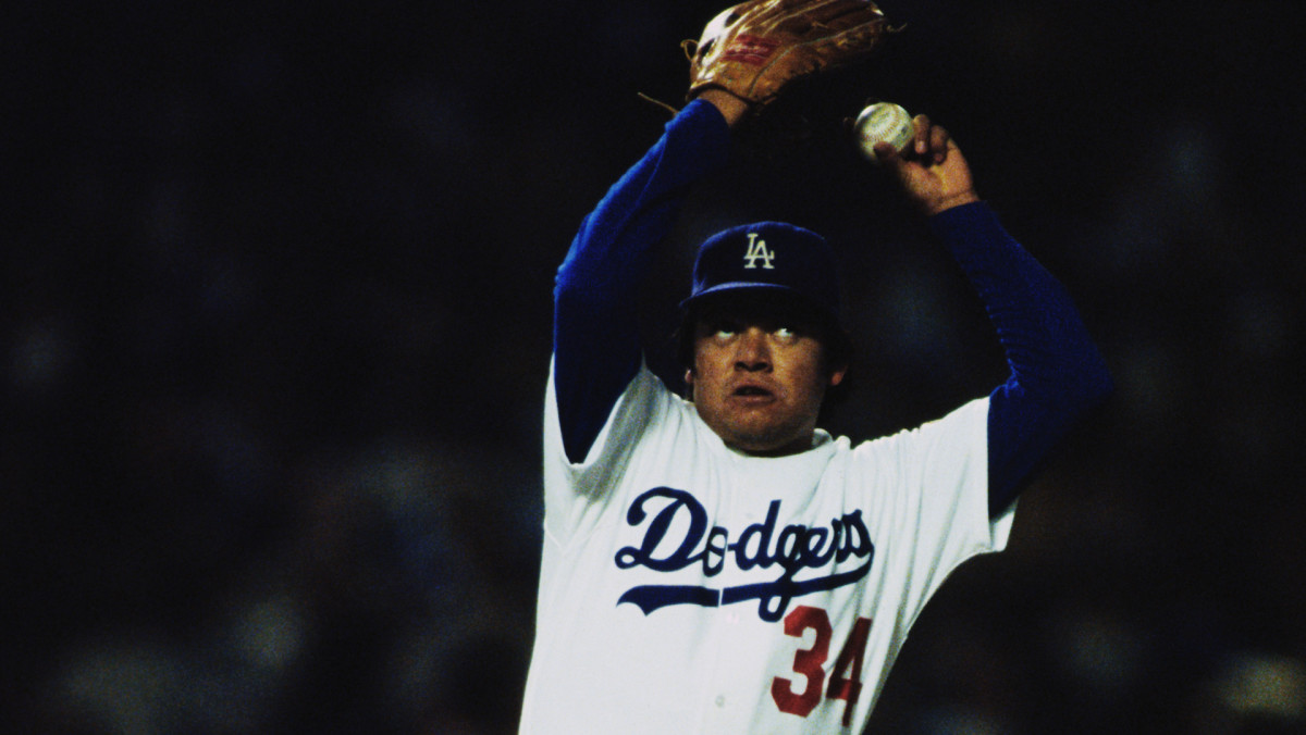 Fernando Valenzuela's screwball—and unique delivery—often baffled hitters in 1981.