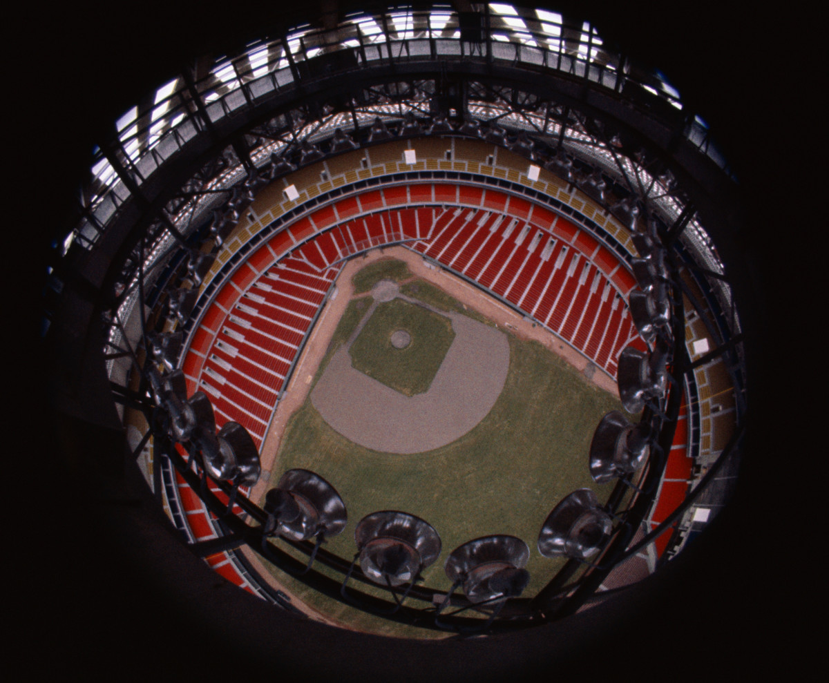 The Astrodome was Major League Baseball's first indoor stadium.