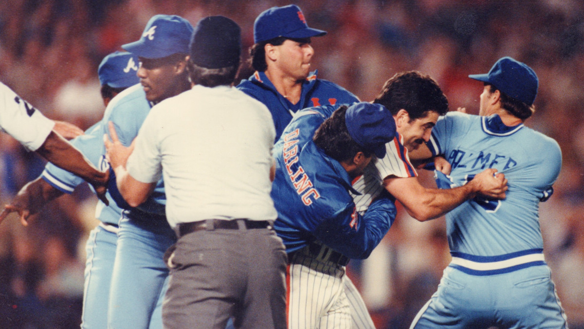 In 1986, the Mets were involved in four on-field brawls in eight weeks. Here, they fight with the Atlanta Braves.