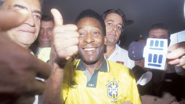 Pele Supports Earth Summit