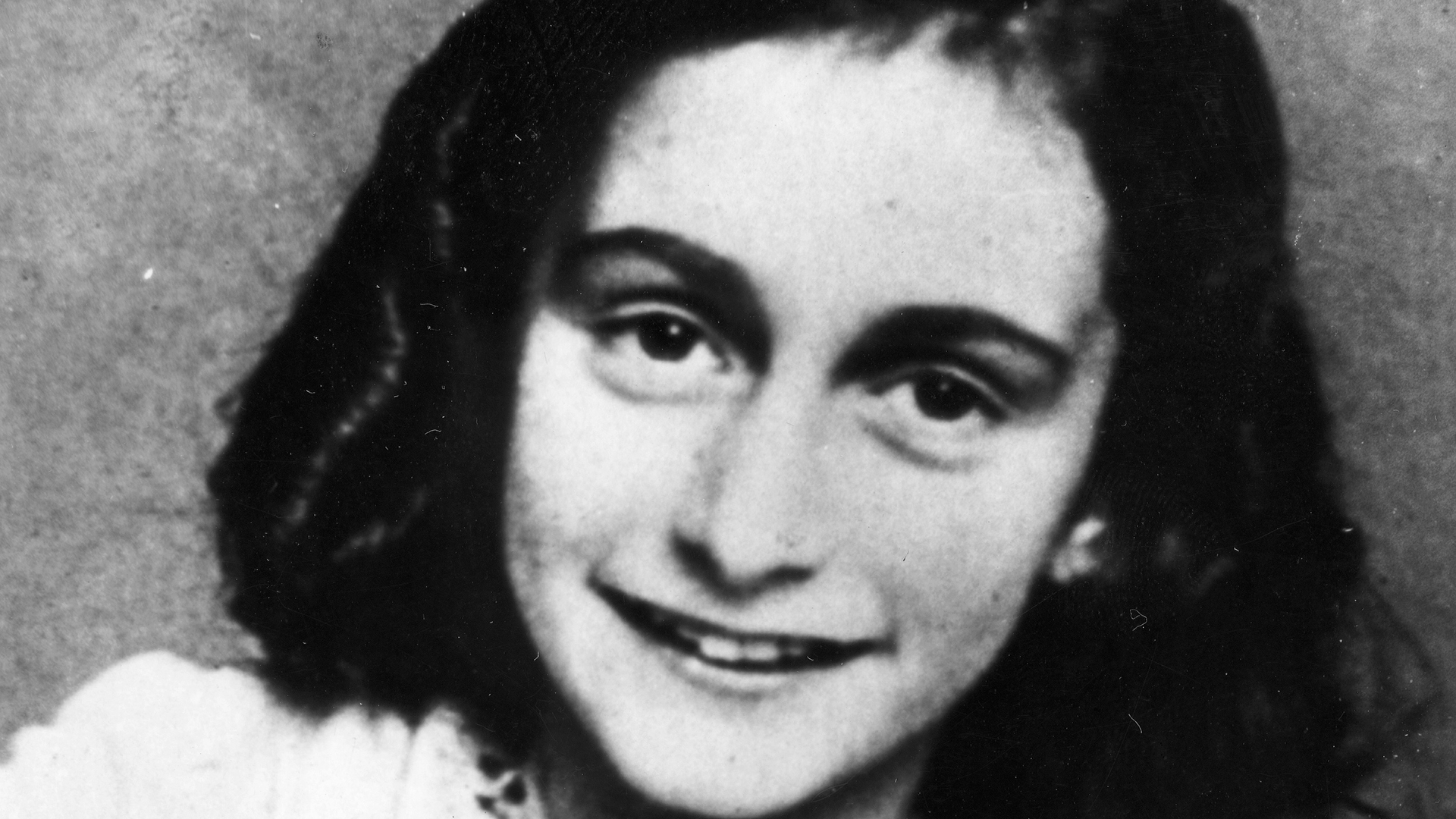 anne frank captured aug 04 1944 com cc settings