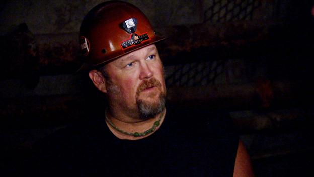 Only in America with Larry the Cable Guy: Larry Digs For Gold